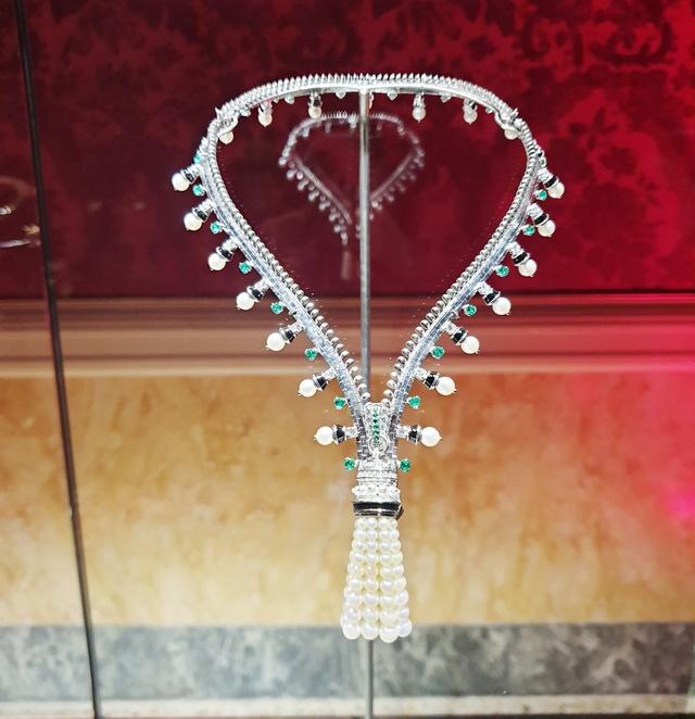 collana trasformabile Van Cleef & Arpels